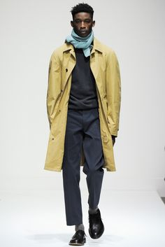 Margaret Howell Fall 2015 Menswear Collection Photos - Vogue/color/mustardblue