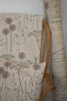 Floral fabric by the metre // Floral fabric beige pink upholstery fabric // Linen, cotton blend // Paper Meadow in 'Blush' by Hannah Nunn Blinds For You, Dandelion Clock, World Trends, Interior Wallpaper, Decorative Wall Panels, Clock Art, How To Make Curtains, Print Wallpaper, Patterns In Nature