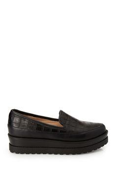 Embossed Flatform Loafers | FOREVER21 - 2000137811