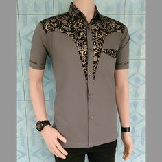 African Wear Styles For Men, African Shirts For Men, African Dresses Men, African Clothing For Men, African Attire, Nigerian Men Fashion, African Men Fashion, Designer Suits For Men, Designer Clothes For Men