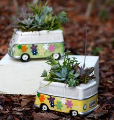 Succulent Pot Hippy Van, Succulent Garden, Hippy Van, Succulent gift, Yellow Hippy Van, Green Hippy Van, succulents  Listing is for one ceramic Hippy Van Planter with Succulents. Great Gift for the Succulent Lover. Container does have a drainage hole on the bottom.  If sending to someone for a gift and would like to add a gift note. Just write message in the note section and I will make sure I add it to package. Measures approximately 6 inches long and 4 inches wide. Height 6 to 7 inches…