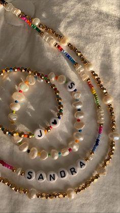 Cute Jewelry, Diy Jewelry, Jewelery, Jewelry Accessories, Jewelry Making, Bead Jewellery, Beaded Jewelry, Beaded Bracelets, Pulseras Kandi