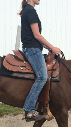 Five Exercises to Improve Your Riding Seat and Leg Position – America's Horse Daily | America's Horse Daily