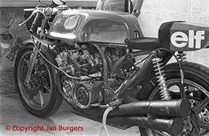 No replica, but a real works 500/4 MV Agusta. Phil Read Spa 1975.