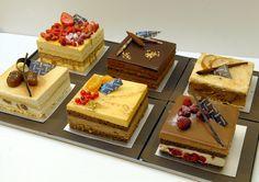 Small Desserts, Fancy Desserts, Delicious Desserts, Yummy Food, Gourmet Desserts, Boutique Patisserie, Patisserie Fine, Logo Patisserie, Bakery Recipes
