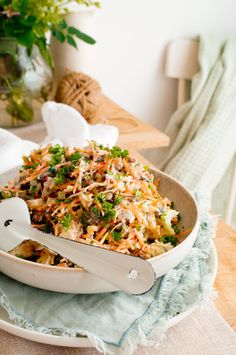 side dishes for the barbecue Classic Salad, Good Food, Yummy Food, Food Categories, Food Videos, Food To Make, Side Dishes, Easy Meals, Veggies