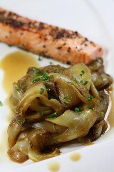 Fondue d'endives au miel New Recipes, Vegan Recipes, Cooking Recipes, Dukan Diet, French Kitchen, What To Cook, No Cook Meals, Vegetable Recipes, Good Food