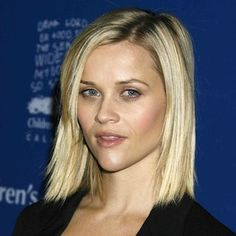 Reese Witherspoon Hairstyles - Photos of Reese Witherspoon's Hair - Real Beauty
