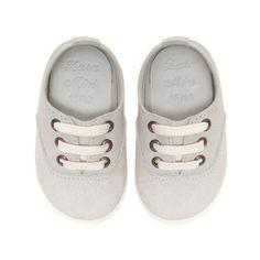 Kids shoes – light grey   kids fashion . Kindermode . mode d'enfant   Design: Zara  