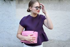 Feminine colours against a white pleated skirt and metallic Le Specs shades for today's outfit | More on my blog