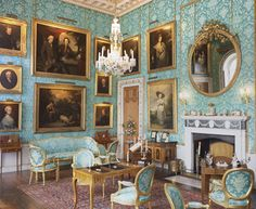Miniature Wallpapers from Historic Houses - Castle Howard/ walls and chairs