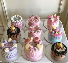 Buttercream Decorating, Buttercream Cake, Cake Decorating, Decoration Patisserie, Dessert Decoration, Mini Cakes, Cupcake Cakes, Just Cakes, Little Cakes
