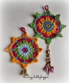 Crochet Ornament By The Lazy Hobbyhopper - Free Crochet Pattern - (thelazyhobbyhopper.blogspot)