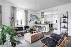 La Buhardilla - Decoración, Diseño y Muebles: Una adorable casa nordica en tonos…