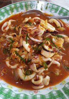 Masakan sotong pedas macam masakan panas gerai - New Ideas Spicy Recipes, Seafood Recipes, Asian Recipes, Seafood Dishes, Fish And Seafood, Malaysian Food, Indonesian Food, Diet Menu, Prawn
