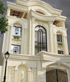 Luxury House Interior Design Tips And Inspiration Classic House Exterior, Classic House Design, Bungalow House Design, House Front Design, Facade Design, Architecture Design, Modern Villa Design, Architectural House Plans, Home Building Design