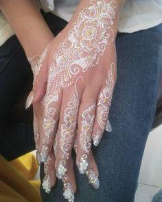 Beautiful Henna Designs, Beautiful Mehndi, Heena Design, Mehndi Designs, Geometric Henna, Henna Pen, Henna Mandala, Flower Henna, Wedding Henna