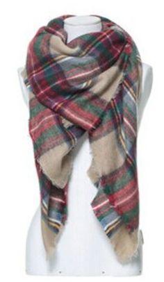 Loving this tartan scarf http://rstyle.me/n/skgesnyg6