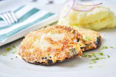 Schnitzel müssen nicht immer aus Fleisch sein. Hier ein feines Rezept, besonders für Gemüseliebhaber - das Auberginenschnitzel.