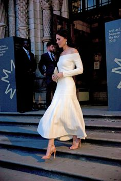 """thecambridgees: """" """"Catherine, Duchess of Cambridge leaves after announcing the Victoria and Albert Museum as the winner of the Art Fund Museum of the Year 2016 prize at a dinner hosted at the Natural History Museum on July 6, 2016 in London, United..."""