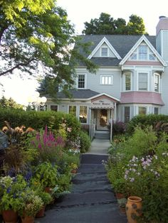 Yelton Manor Bed & Breakfast in South Haven, Michigan
