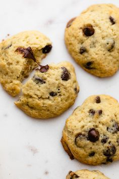 If you like banana bread, you'll love these Banana Chocolate Chip Cookies. They are a great way to use up overripe bananas and have a soft cake-like texture | Banana Cookies | Chocolate Cookies | Cookie Exchange | Easy Cookies | #bananachocolatechipcookies #bananacookies #feelgoodfoodie Chocolate Filling, Homemade Chocolate, Chocolate Recipes, White Chocolate, Baking Recipes, Cookie Recipes, Dessert Recipes, Banana Chocolate Chip Cookies, Banana Cupcakes