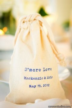 smore wedding favors, {photo source: Nouvelle Weddings and Events}