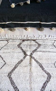 Vintage Moroccan Rug  Natural virgin wool  AZILAL por lacasadecoto, €525.00