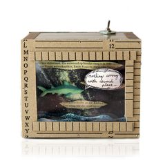 Diorama: Nothing Wrong wth Second Place Diorama, Decorative Boxes, Places, Animals, Home Decor, Animales, Decoration Home, Animaux, Room Decor
