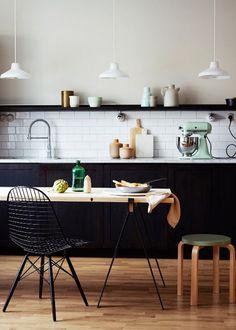 couleur peinture noire dans la cuisine