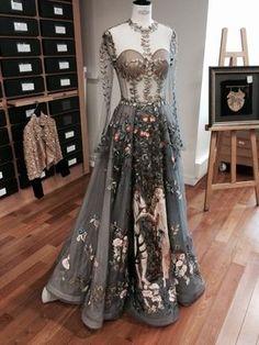 Suzy Menkes Visita el Studio de Chanel Metiers dart Salzburgo