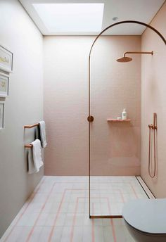 Decor Decor apartment Decor diy Decor elegant Decor ideas Decor ideas colors Decor ideas small Decor master Decor modern Decor pink Bathroom Decor Bathroom Decor Bathroom Decor A pink children's ensuite bathroom with rose gold accents Bathroom Design Inspiration, Bad Inspiration, Modern Bathroom Design, Bathroom Interior Design, Home Interior, Design Ideas, Bathroom Designs, Modern Bathrooms, Beautiful Bathrooms