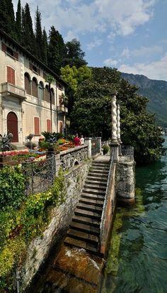 Varenna, Lake Como, Italy (by bautisterias)