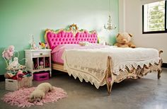 incredible bed. adorable dog. great colors.