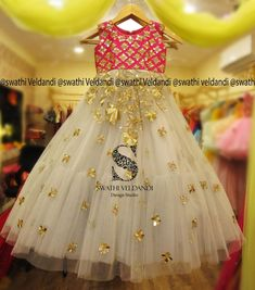 Traditional Dresses For Kids, Indian Dresses For Kids, Kids Dress Wear, Kids Gown, Kids Wear, Baby Girl Party Dresses, Dresses Kids Girl, Kids Outfits, Baby Frocks Designs