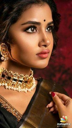 New Fashion : Beautiful Actress South Indian Actress Hot, Indian Actress Hot Pics, Tamil Actress Photos, Indian Actresses, South Actress, Beautiful Girl Photo, Beautiful Girl Indian, Most Beautiful Indian Actress, Gorgeous Women