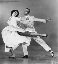 """Cyd Charisse & Fred Astaire shown in a stage version of """"Dancing in the Dark"""" from Band Wagon--in my opinion one of the most beautiful combinations of dance and music ever put on film--just sublime! Fred Astaire, Gene Kelly, Shall We Dance, Lets Dance, Tap Dance, Dance Art, Classic Hollywood, Old Hollywood, Bailar Swing"""
