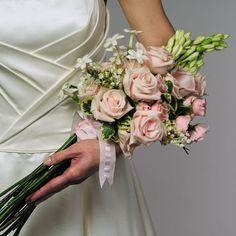 Bukiet ślubny naręcze
