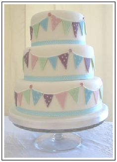 wedding cakes with bunting decoration 1000 images about bunting wedding cakes on 25994