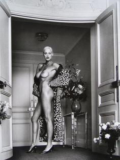 Helmut Newton, SUMO 1999 (Brigitte Nielsen)
