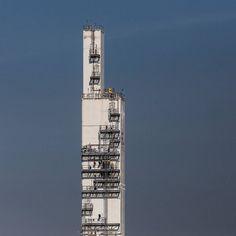 BOC (British Oxygen Gases) site Margam Glamorgan. #ukcoastwalk Photo: Quintin Lake www.theperimeter.uk