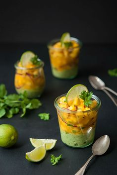 Veganes Ceviche mit Mango & Avocado - Vegan ceviche with mango & avocado Avocado Dessert, Appetizer Salads, Appetizer Recipes, Appetizers, Raw Vegan Recipes, Healthy Recipes, Vegan Food, Guacamole, Best Avocado Recipes