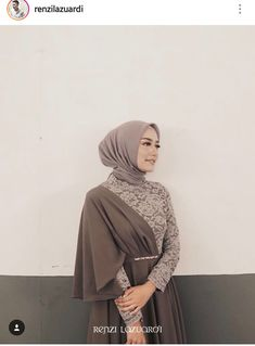 By Renzi Lazuardi Hijab Gown, Hijab Evening Dress, Hijab Dress Party, Hijab Outfit, Kebaya Lace, Kebaya Dress, Kebaya Hijab, Abaya Fashion, Muslim Fashion