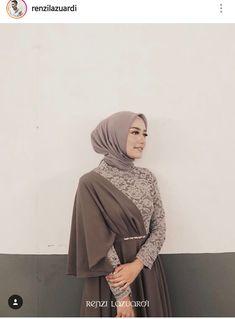 By Renzi Lazuardi Hijab Gown, Hijab Evening Dress, Hijab Dress Party, Kebaya Lace, Kebaya Dress, Kebaya Hijab, Abaya Fashion, Muslim Fashion, Fashion Outfits