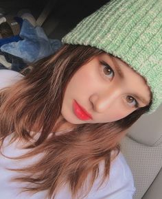 Image may contain: one or more people, hat and closeup Jeon Somi, Kpop Girl Groups, Kpop Girls, Korean Girl Image, Afro, Mode Rose, Celebs, Celebrities, Korean Beauty
