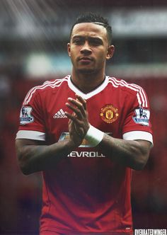 Memphis Depay, Manchester United Wallpaper, Soccer, The Unit, Football, Hairstyles, Baseball Cards, Sports, Red