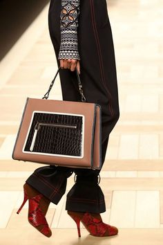 Fendi bag from fall/winter 2017 collection – Milan fashion week. #runway #fashion #milan #fashionweek #fabfashionfix #fendi #fall2017