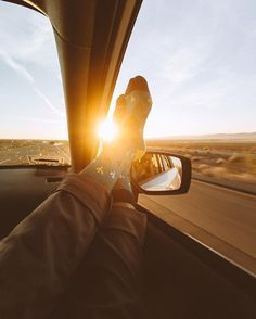 Road Trip Photography - Interior Design Ideas & Home Decorating Inspiration - moercar - Travel tips - Travel tour - travel ideas Road Trip Photography, Photography Poses, Adventure Photography, Fall Photography, Photography Challenge, Photography Basics, Photography Magazine, People Photography, Abstract Photography