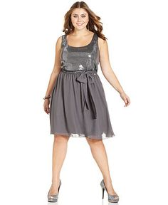 defining your waist is essential, belted dresses are so flattering