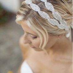 love this hair and accessory